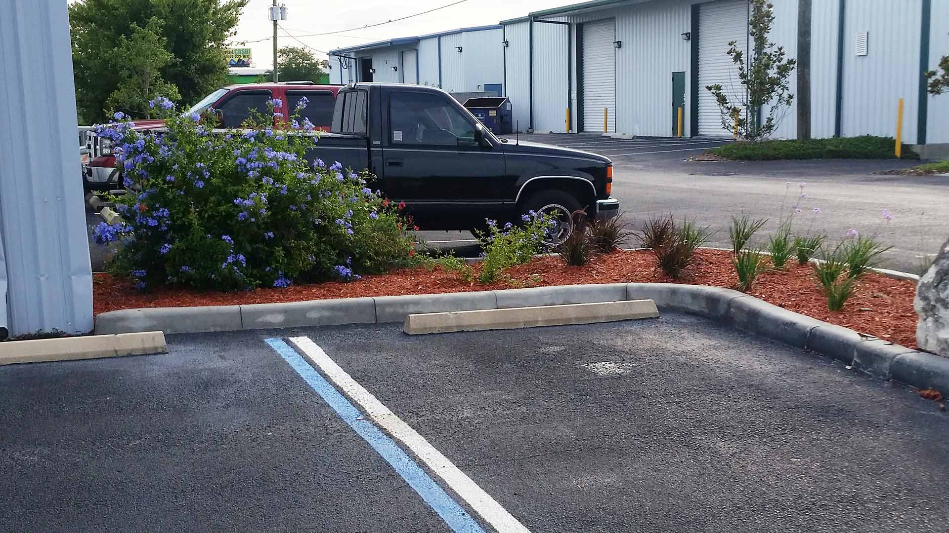 One of the many commercial properties that TLB Landscaping provides lawn and landscape maintenance for.